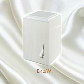 uurna E-12W